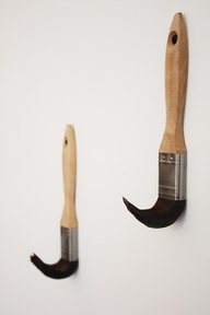 gravity-defying paintbrushes